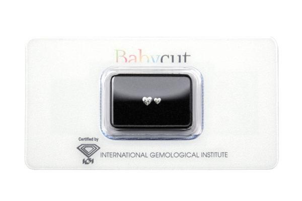 Blister Babycut con due diamanti taglio cuore da 0.08 e 0.18 carati - Foto prodotto